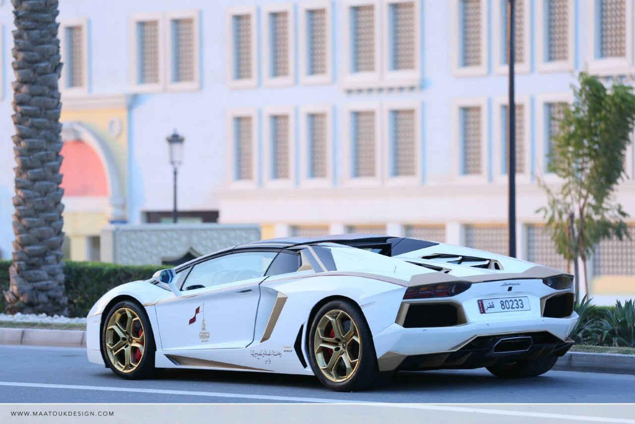 Lamborghini-Aventador-goud-012