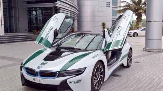 Police-BMW-I8-620x348