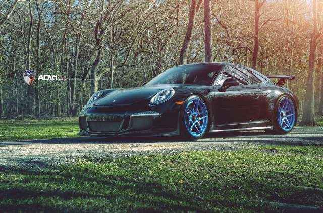 ADV1-Porsche-991-GT3-ADV05S-MV2-SL-Custom-Forged-2-Piece-Concave-Wheels-Blue-04-640x422