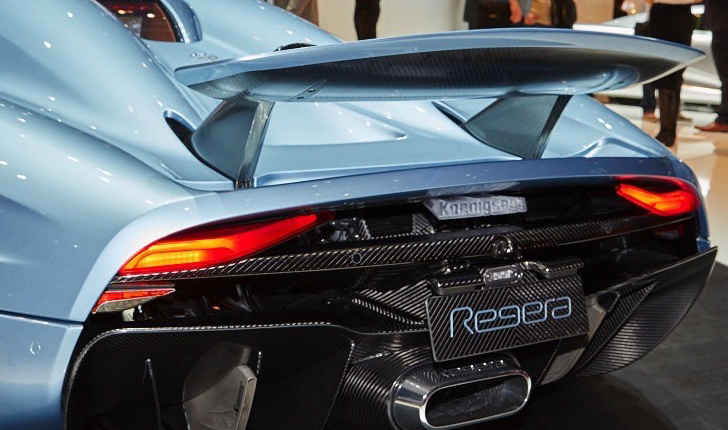 A Whole New Wing Koenigsegg Regera Rear Wing Explained Auto Overload