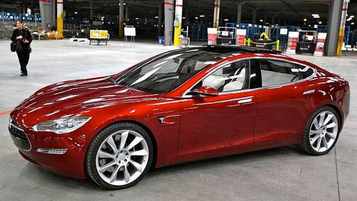 The Model Iii Will Be 20 Lighter Than S Base 60 000 Brother Tesla Company Has Also Reported A Charging Time Of 25 Minutes For Full